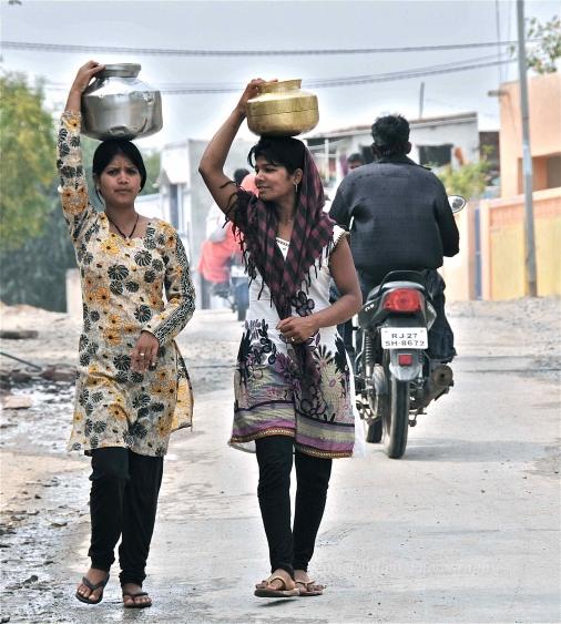 Water gossip, Udaipur